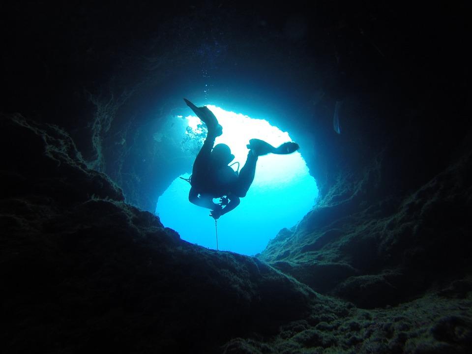 Immersioni liguria - tunnel